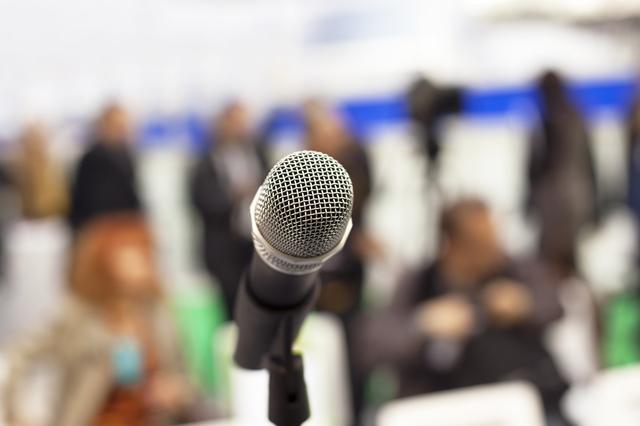 PTA役員会の挨拶やスピーチに使える言葉の例文や手紙・メールに使える文例