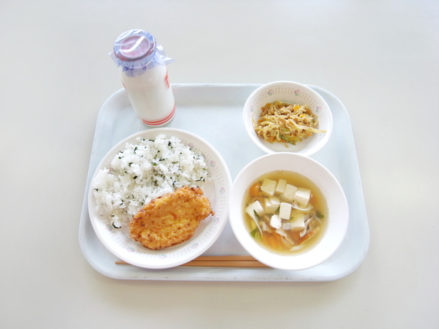 給食試食会の挨拶やスピーチに使える言葉の例文や手紙・メールに使える文例