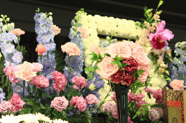 喪主家族葬の挨拶やスピーチに使える言葉の例文や手紙・メールに使える文例
