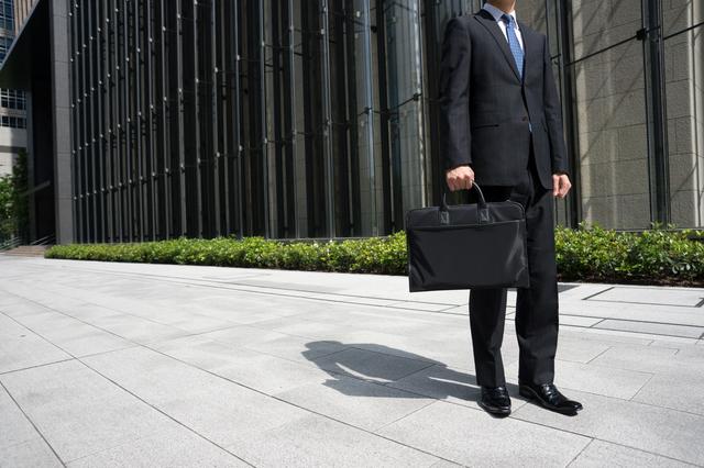 銀行員転勤の挨拶やスピーチに使える言葉の例文や手紙・メールに使える文例
