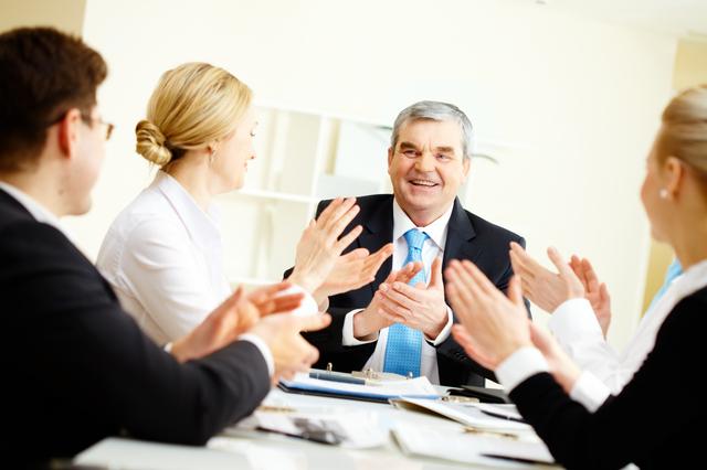 役員退任の挨拶やスピーチに使える言葉の例文や手紙・メールに使える文例