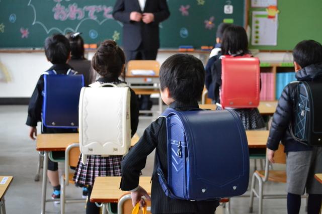 PTA会長入学式の挨拶やスピーチに使える言葉の例文や手紙・メールに使える文例