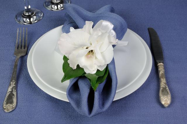 結婚食事会で両親の挨拶やスピーチに使える言葉の例文や手紙・メールに使える文例