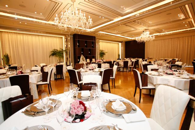 結婚式披露宴主賓の挨拶やスピーチに使える言葉の例文や手紙・メールに使える文例