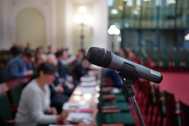 PTA連絡協議会の挨拶やスピーチに使える言葉の例文や手紙・メールに使える文例