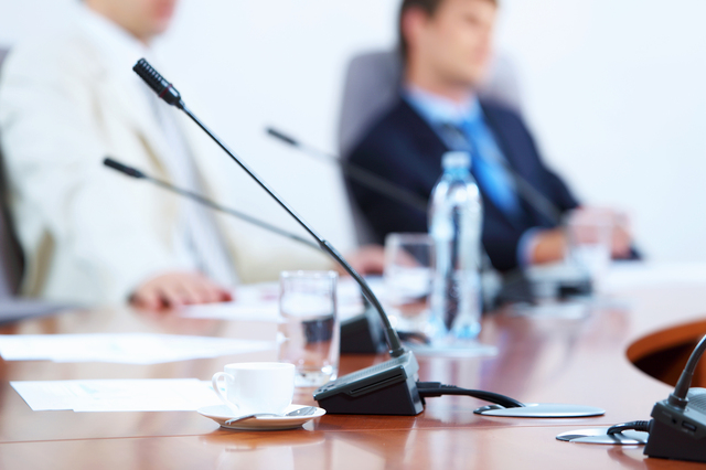 監査役就任の挨拶やスピーチに使える言葉の例文や手紙・メールに使える文例