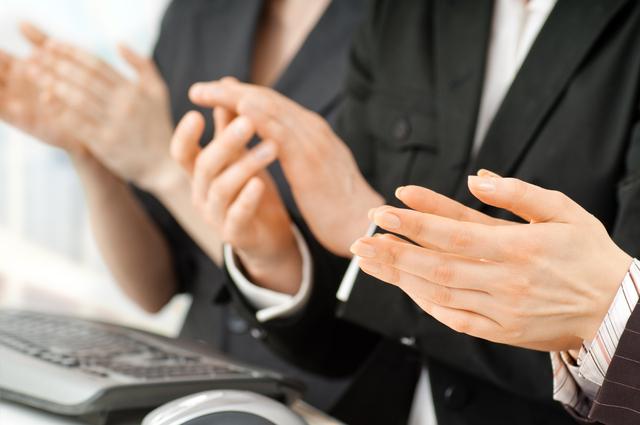 退任式の挨拶やスピーチに使える言葉の例文や手紙・メールに使える文例