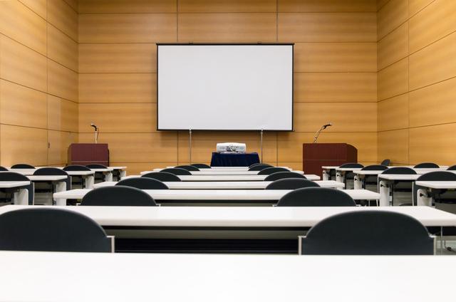 定例校長会会長の挨拶やスピーチに使える言葉の例文や手紙・メールに使える文例